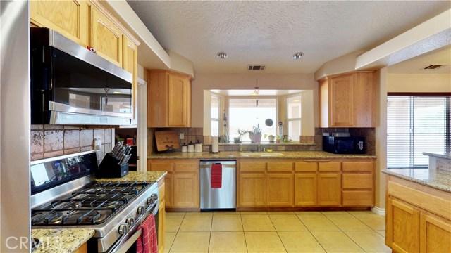 10182 Shasta Road,Phelan,CA 92371, USA