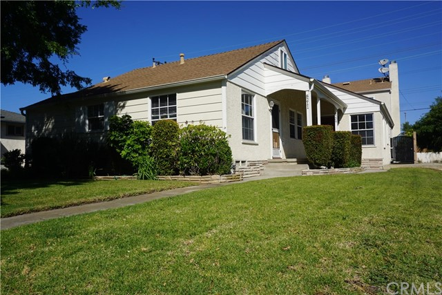 Single Family for Sale at 8209 Kittyhawk Avenue Los Angeles, California 90045 United States