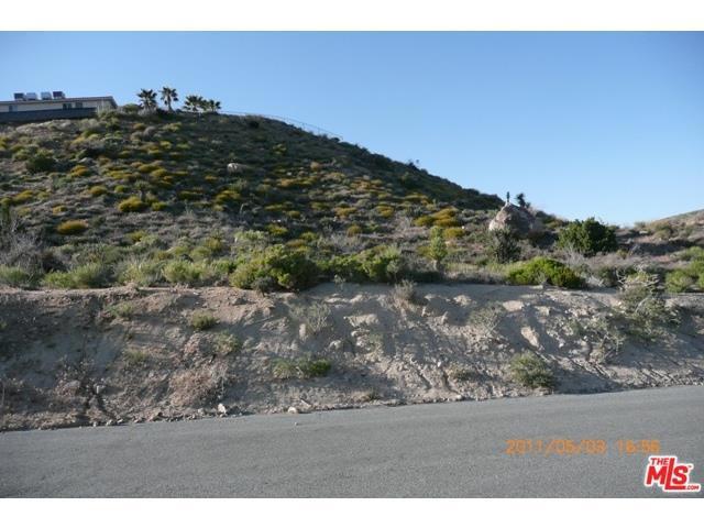 0 Navajo, Yucca Valley CA: http://media.crmls.org/medias/dd654419-a9c7-4059-9f9a-528f0edab5d2.jpg