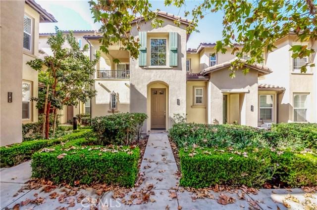 26 Dovetail, Irvine CA: http://media.crmls.org/medias/dd6e97c0-5d97-461a-ab46-299c3a2415aa.jpg