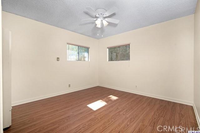 4316 Perlita Avenue, Atwater Village CA: http://media.crmls.org/medias/dd708f89-28b1-454b-b38a-e313399a255d.jpg