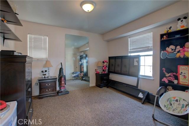 3724 Fallview Avenue, Ceres CA: http://media.crmls.org/medias/dd75070f-1061-4925-87d7-7b0e46a6a53d.jpg