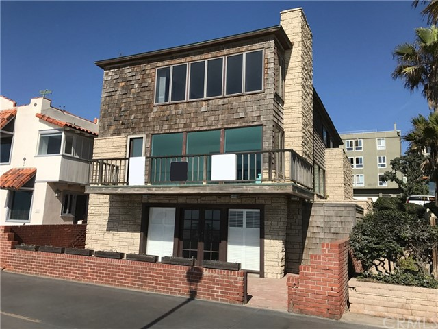 Single Family Home for Sale at 3330 The Strand Hermosa Beach, California,90254 United States