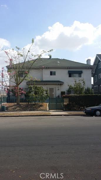 Quadraplex for Rent at 1320 S Mahattan 1320 S Mahattan Los Angeles, California 90019 United States