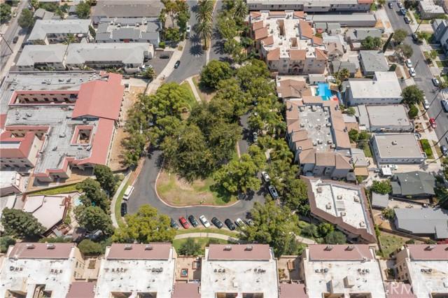 444 Piedmont Avenue, Glendale CA: http://media.crmls.org/medias/dd94cdd8-e7ab-4cb0-a25b-93d47d8783be.jpg