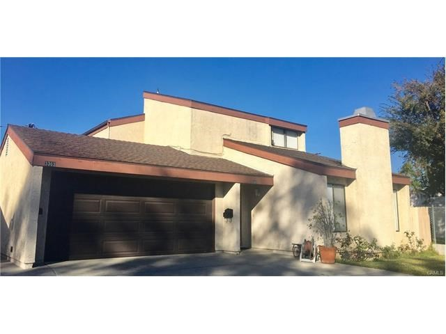 Single Family Home for Sale at 3363 Myrtle Avenue Signal Hill, California 90755 United States