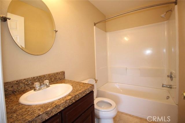 111 Manning Street, Lake Elsinore CA: http://media.crmls.org/medias/dd9c8f6a-a415-4096-be50-6abdb1b57b79.jpg
