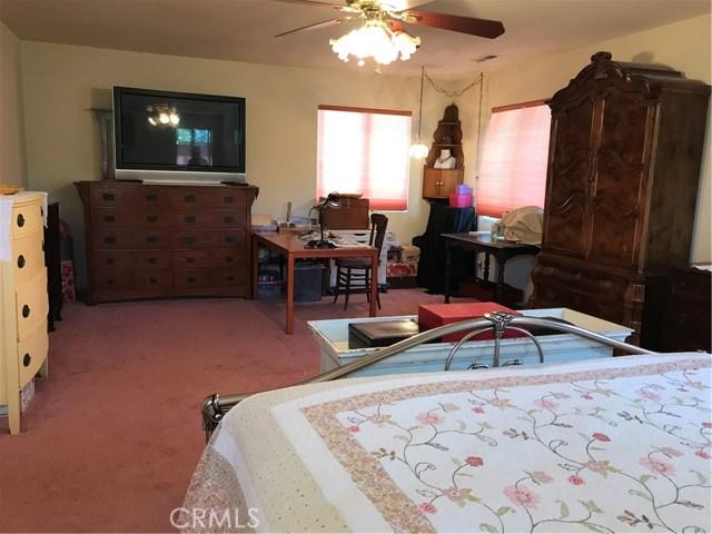 39900 LAKEVIEW Drive, Big Bear CA: http://media.crmls.org/medias/dda64285-1ce4-4ec5-8a8c-ef48571e7cde.jpg