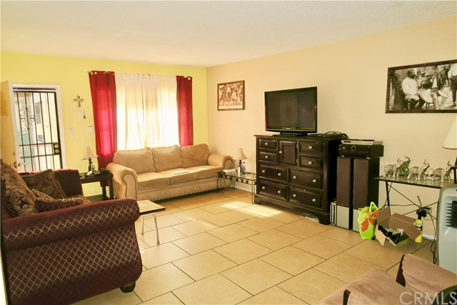 1001 Cherry Avenue, Long Beach, CA 90813