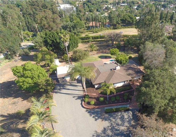 1945 Stage Fallbrook, CA 92028 - MLS #: SW17143588