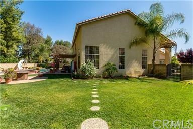 1902 Deer Haven Drive, Chino Hills CA: http://media.crmls.org/medias/ddb8d90d-313f-4ef6-b8e2-88e0cf8e985a.jpg