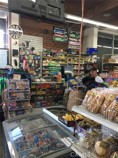 206 W Adams Bl, Los Angeles, CA 90007 Photo 5