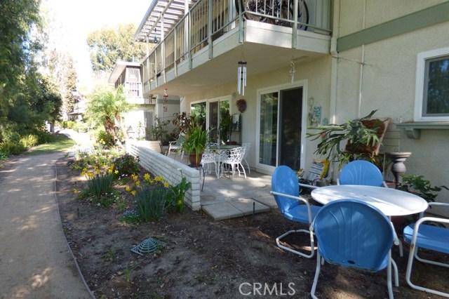 630 Avenida Sevilla, Laguna Woods CA: http://media.crmls.org/medias/ddc15224-c919-4e97-9fc5-ab4db0e58f3d.jpg