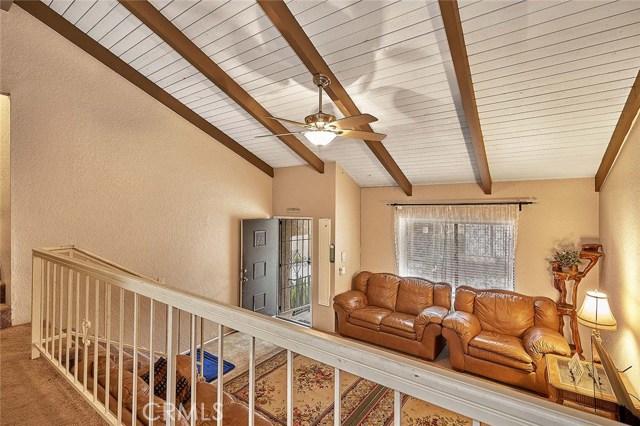 13997 Coteau Drive, Whittier CA: http://media.crmls.org/medias/ddc15292-f2fd-4983-aab4-a65978173c20.jpg