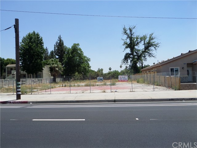 25619 Base Line Street Highland, CA 92410 - MLS #: WS17139182