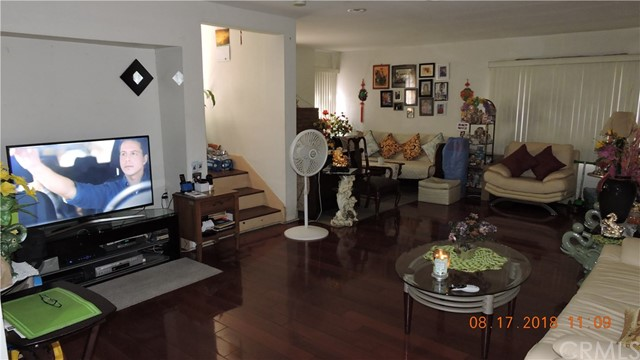 124 S Hoover St, Los Angeles, CA 90004 Photo 11