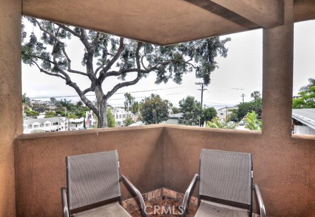 100 Cliff Drive 27, Laguna Beach, CA 92651
