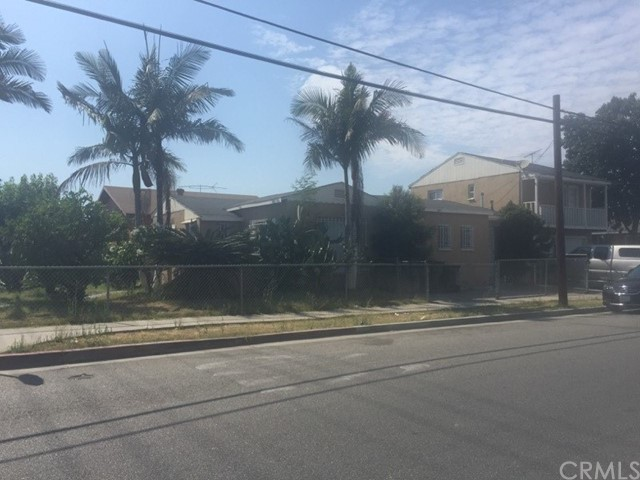 Single Family for Sale at 4059 56th Street E Maywood, California 90270 United States