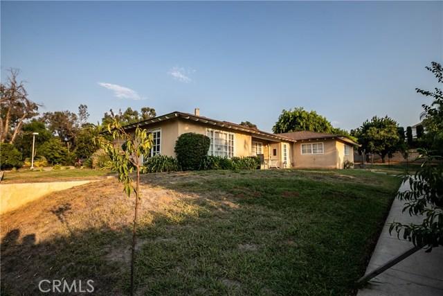 7660 Whitegate Avenue, Riverside CA: http://media.crmls.org/medias/dddb5952-a100-43cd-8e24-947aa4555473.jpg
