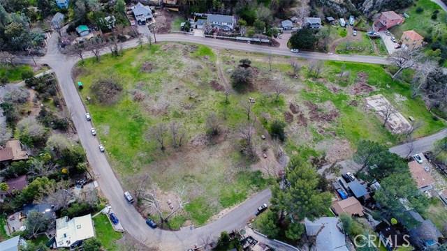 29139 Crags Drive, Agoura Hills CA: http://media.crmls.org/medias/dde17f70-fbb3-44b9-8b35-6fbf7b401b29.jpg