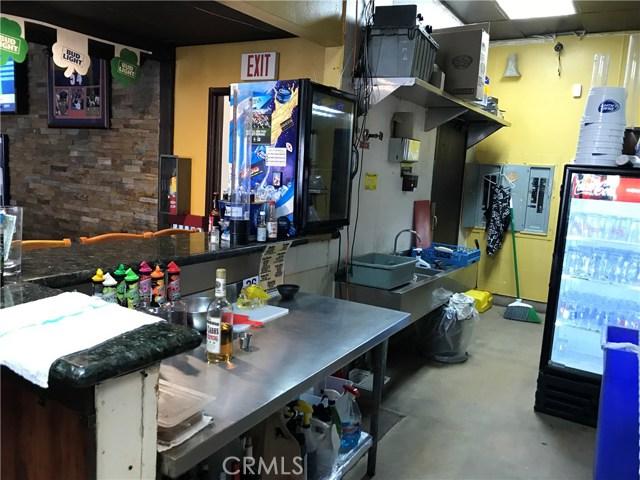 525 S Gaffey, San Pedro CA: http://media.crmls.org/medias/dde821db-f4fe-4731-9b82-9ae4d51917b1.jpg