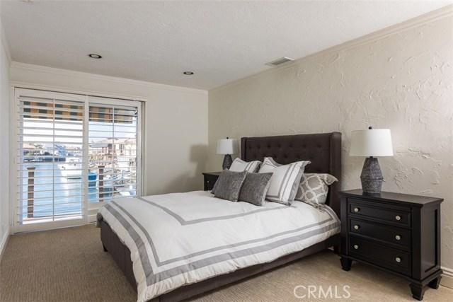 3989 Mistral Drive Huntington Beach, CA 92649 - MLS #: OC17237693