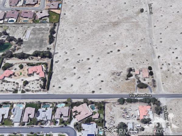 35335 Via Josefina, Rancho Mirage CA: http://media.crmls.org/medias/ddf1ee73-fef5-49f8-aaf5-98372bf783a6.jpg