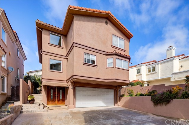 2209 Marshallfield Lane, Redondo Beach, California 90278, 4 Bedrooms Bedrooms, ,4 BathroomsBathrooms,Townhouse,For Sale,Marshallfield,SB19048816