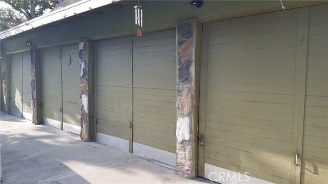 3205 Seminole Avenue, South Gate CA: http://media.crmls.org/medias/de14c008-de7a-47b2-81aa-799baf6be079.jpg
