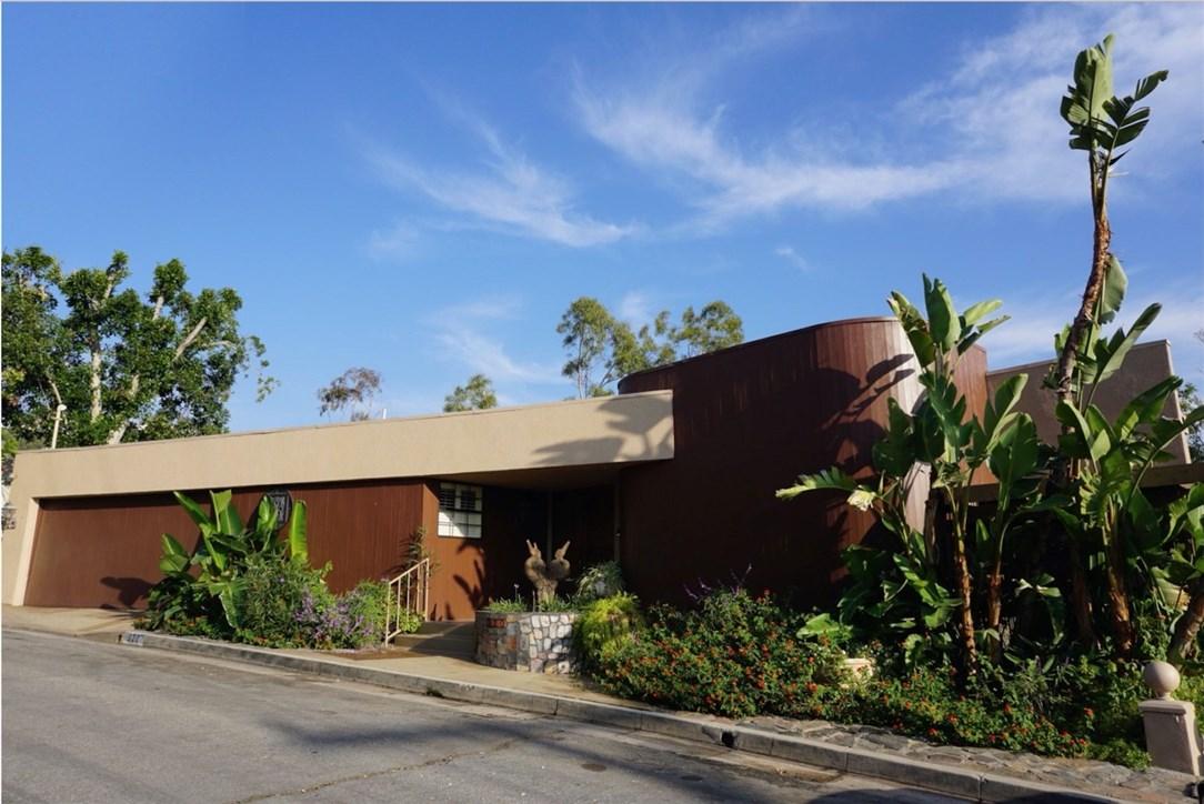 Glendale                                                                      , CA - $1,659,000