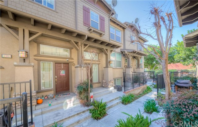1285 Pebble Drive, Harbor City, California 90710, 4 Bedrooms Bedrooms, ,2 BathroomsBathrooms,Townhouse,For Sale,Pebble,SB20045939