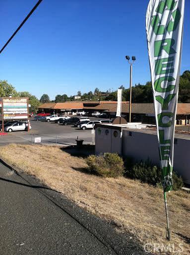 9760 State Highway 281, Kelseyville CA: http://media.crmls.org/medias/de42d4bc-ee8d-4429-aeb1-57724574d102.jpg