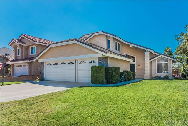 11221 Baylor Street Rancho Cucamonga, CA 91701 is listed for sale as MLS Listing CV16198872