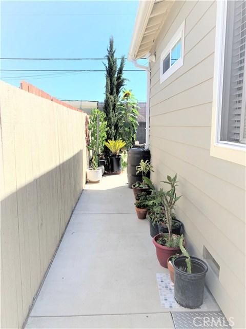 1200 W 226th Street, Torrance CA: http://media.crmls.org/medias/de731ed3-ed49-4b33-b2a4-48cf3354fa4c.jpg