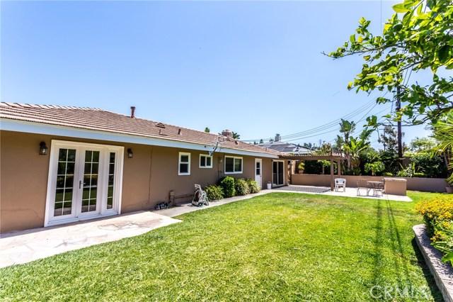 2312 E Villa Vista Way, Orange CA: http://media.crmls.org/medias/de75823a-0b5c-4d2a-aacf-772f7b2cb386.jpg
