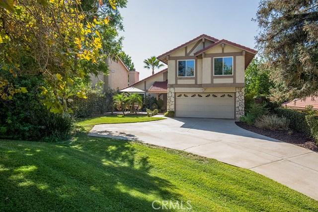 122 Orange Park, Redlands CA: http://media.crmls.org/medias/de7c0212-7092-4b97-ad1f-74318e72ae3f.jpg