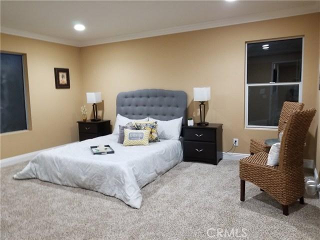 845 Pheasant Street, Corona CA: http://media.crmls.org/medias/de7f6bef-953e-4d9b-a95c-b3ba83acf387.jpg
