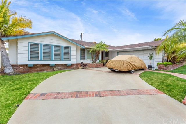 5811 S Holt Ave, Ladera Heights, CA 90056 photo 4