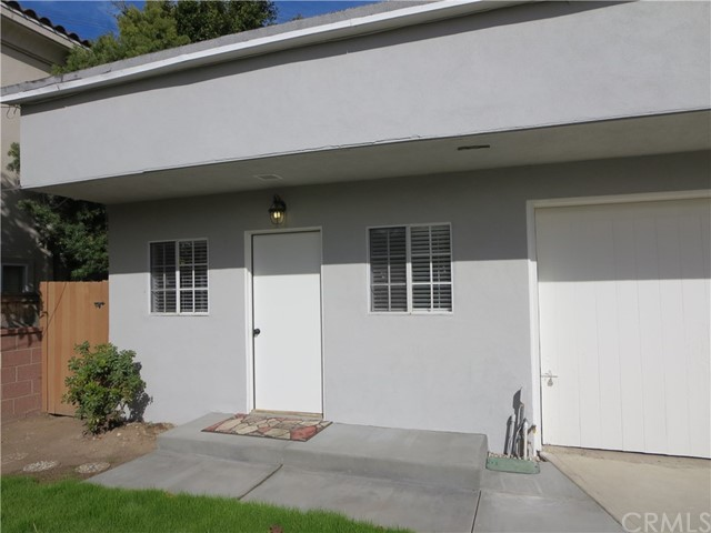 828 N Lucia Avenue, Redondo Beach CA: http://media.crmls.org/medias/de906b19-74d7-49b0-a784-ec52420d7f13.jpg