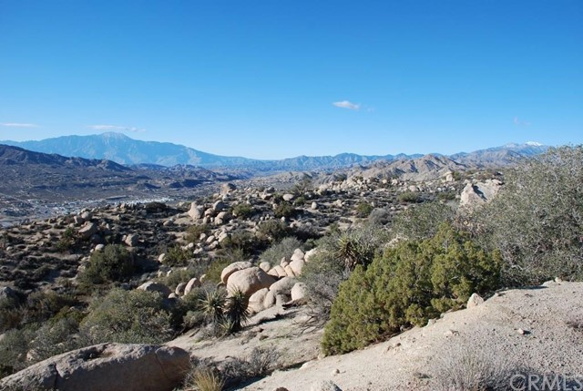 Single Family for Sale at 6385 Paseo Los Ninos Yucca Valley, California 92284 United States