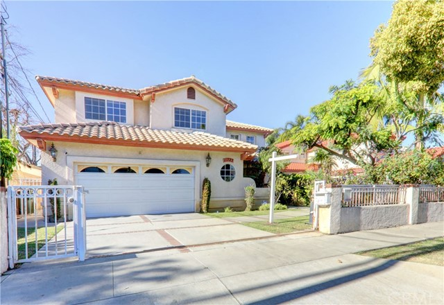 11723 Rives Avenue #  Downey CA 90241-  Michael Berdelis