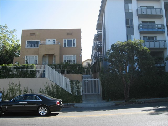 Single Family for Sale at 110 Virgil Avenue S Los Angeles, California 90004 United States