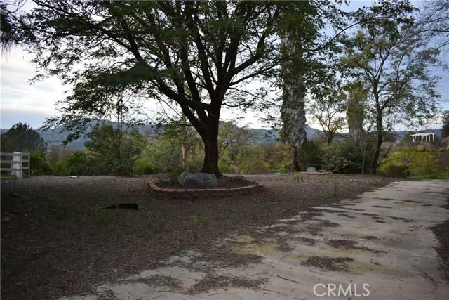 24060 Calle Del Mundo, Temecula CA: http://media.crmls.org/medias/dea4c64f-04cc-4437-b7bb-8c7c70990da5.jpg