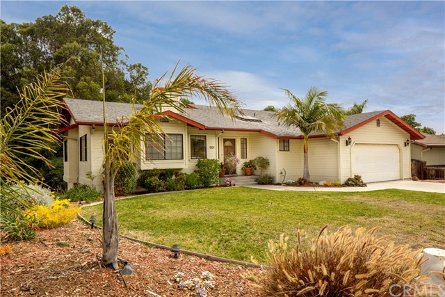 901 Margarita Avenue, Grover Beach, CA 93433