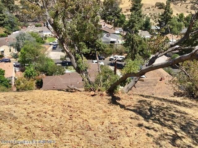 0 Above Petaluma, Sun Valley CA: http://media.crmls.org/medias/deb55956-9361-4189-905e-6c1360680620.jpg