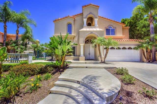 Single Family Home for Sale at 116 South Vista Grande St 116 Vista Grande Anaheim Hills, California 92807 United States