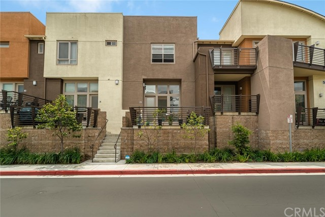 5510 149th Place, Hawthorne, California 90250, 2 Bedrooms Bedrooms, ,3 BathroomsBathrooms,Townhouse,For Sale,149th,SB19095429