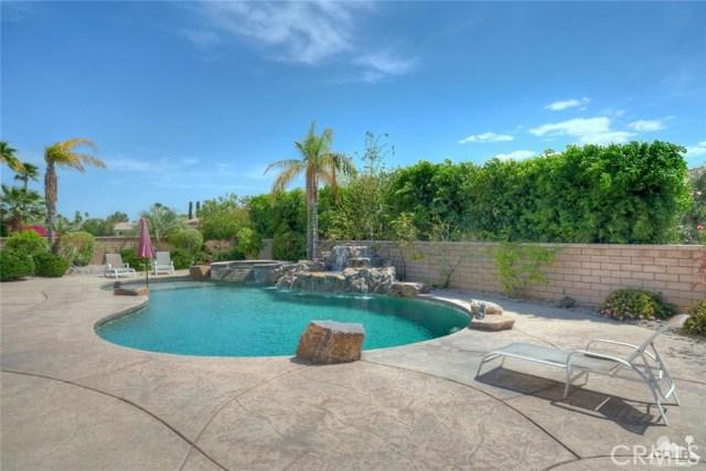 21 Toscana Way, Rancho Mirage CA: http://media.crmls.org/medias/ded54ffe-2244-4841-893e-b5632f223770.jpg