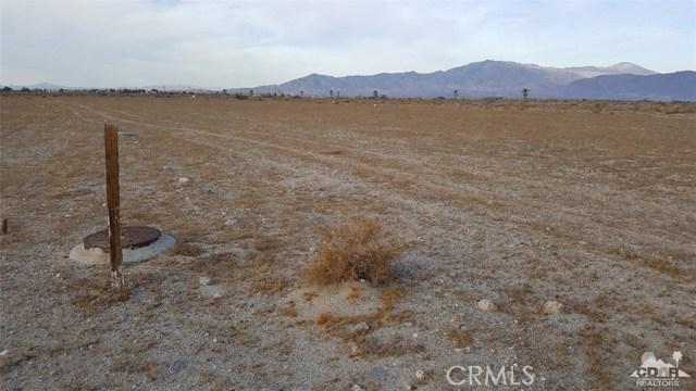 1121 Sea Wind Avenue, Thermal CA: http://media.crmls.org/medias/dedd5b64-cce5-47b5-9a4d-b0e1ce2f8b51.jpg