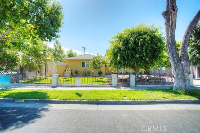 1306 W Willits Street, Santa Ana CA: http://media.crmls.org/medias/dee11585-b8f3-4a6a-b525-58969266bf8f.jpg